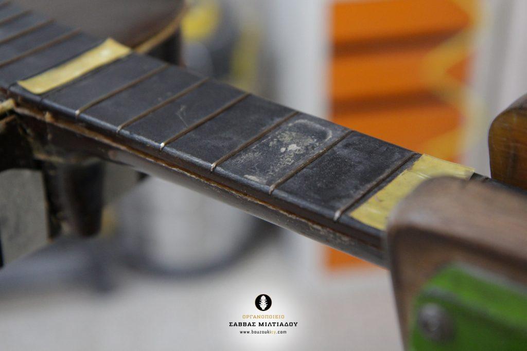 Επισκευή ακουστικής κιθάρας - Old Acoustic Guitar Restored - Repair - Οργανοποιείο Σ. Μιλτιάδου - BouzoukiCy - Cyprus - Κύπρος (13)